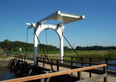 Renovatie leuning ophaalbrug 1 - Bargeman Vorden aannemersbedrijf